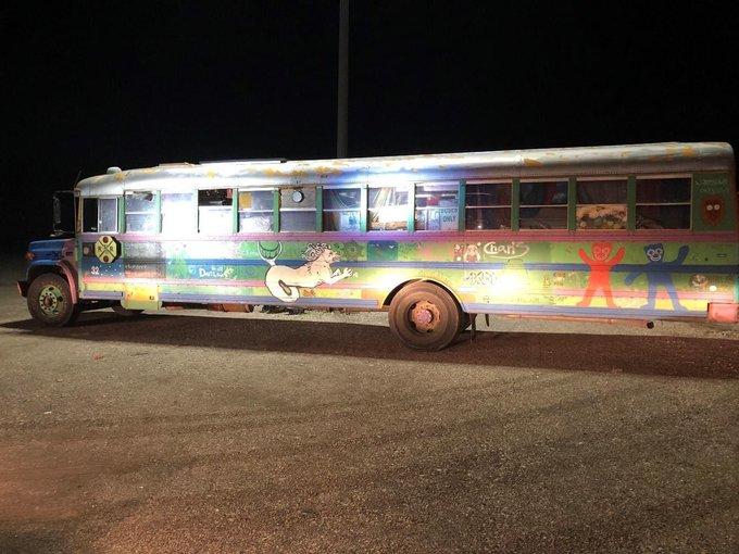 Name:  bus.jpg Views: 391 Size:  70.3 KB